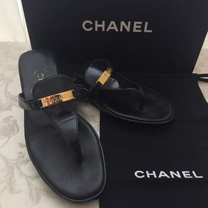🆕 Chanel Logo Signature Leather Sandals